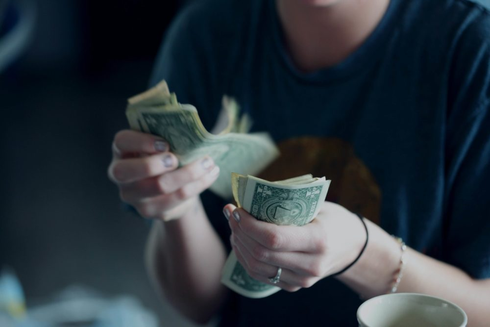 アフィンガーには高いお金を払う価値があるのか